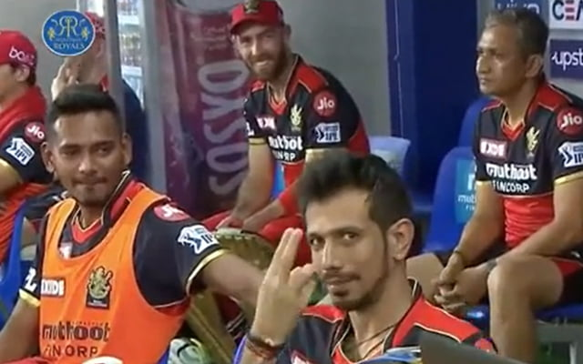 Yuzi Chahal pointing that he should bat at No. 3
